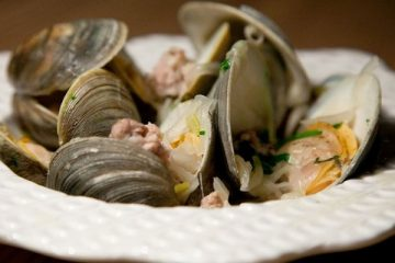grilled clams with sausage