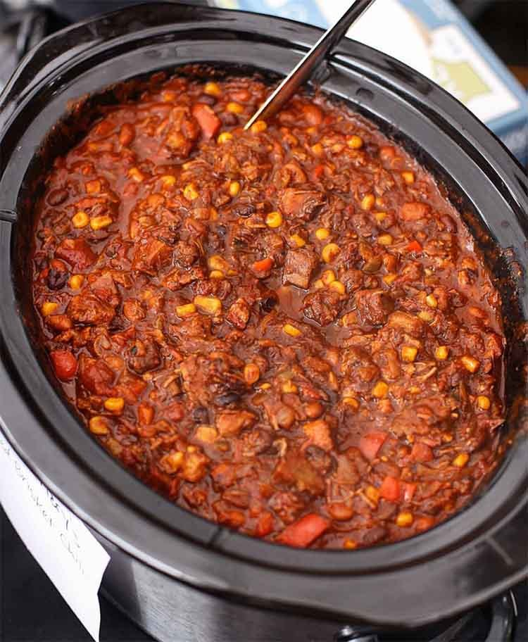 8 leftover-smoked-beef-brisket-chili-recipe