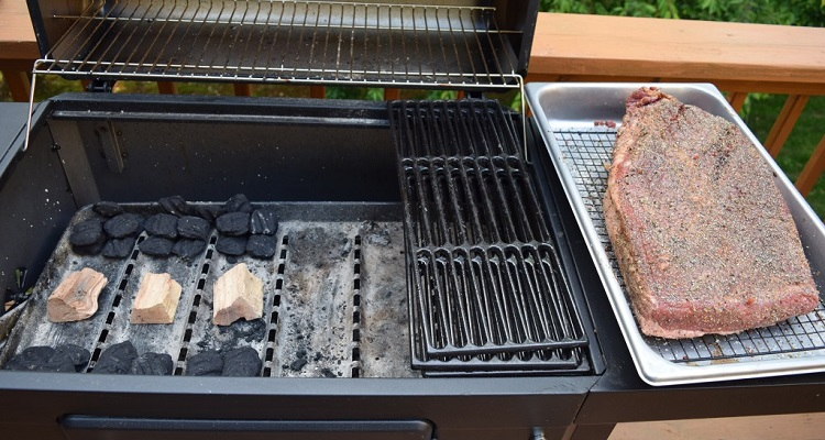 How To Cook With A Charcoal Grill Best Smokers Info