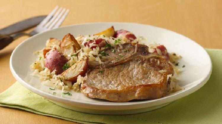 Sauerkraut And Potatoes With Smoked Pork Chops