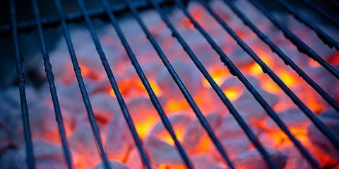 What is the Best Grill Grate Material for a BBQ